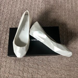 United Nude Lo Res Lo Pearl Jelly Flats